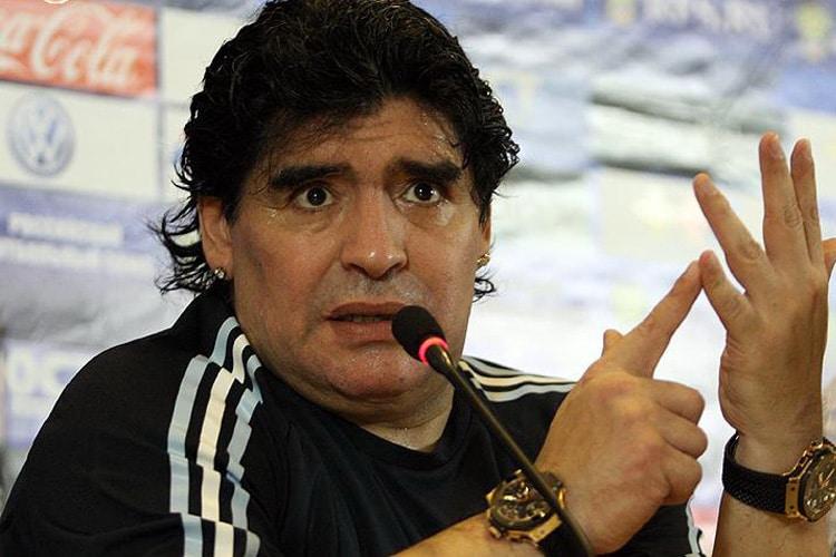 FIFA GATE : Corsa alla successione di Blatter, Maradona entra a gamba tesa