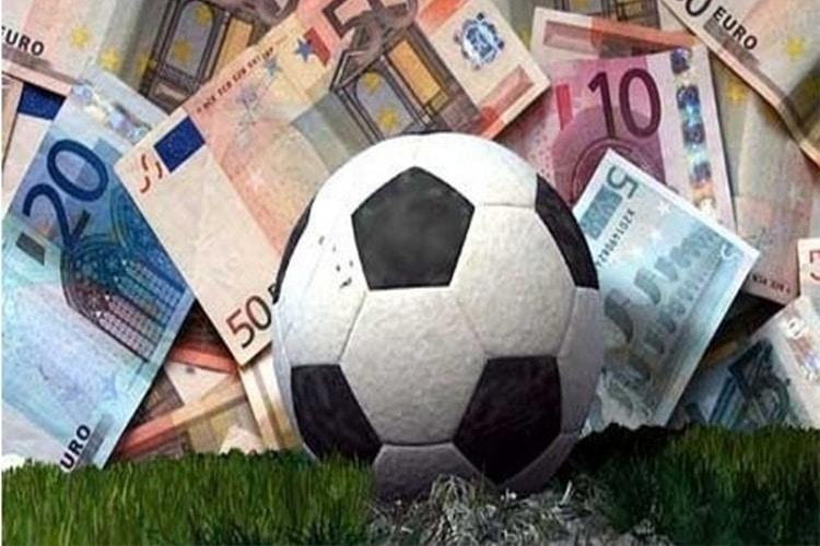 Calcio scommesse: deferite Teramo e Torres