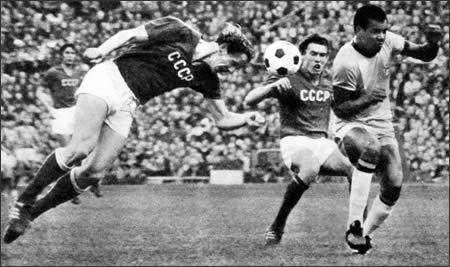 Anatolji Zinchenko: quando il calciomercato si intreccia con la Guerra Fredda