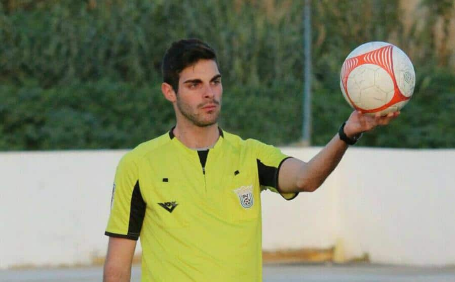 Scandalo in Spagna, arbitro si ritira dopo gli insulti omofobi