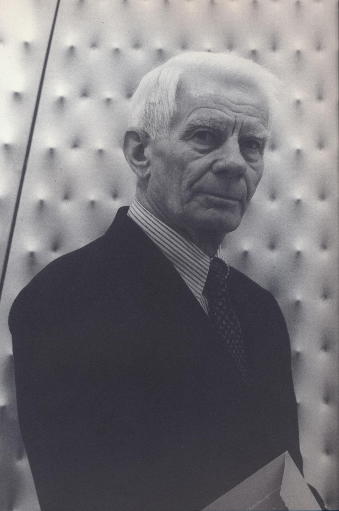 Ritratto di Enrico Castellani