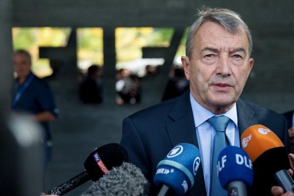 FIFA GATE: SE ANCHE IN GERMANIA VANNO PER LA TANGENTE