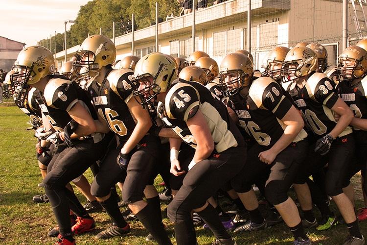 I Lions Bergamo e i Legio XIII contro il bullismo. Il football italiano scende in campo