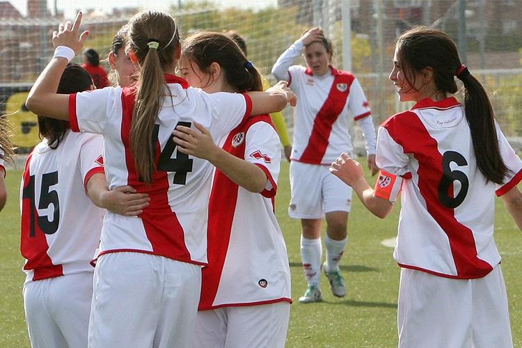 Rayo Vallecano: quando le donne insegnano calcio agli uomini