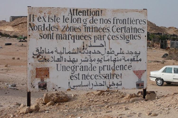 La società delle barriere colpisce sempre di più anche il calcio: in Algeria addio ai calciatori stranieri