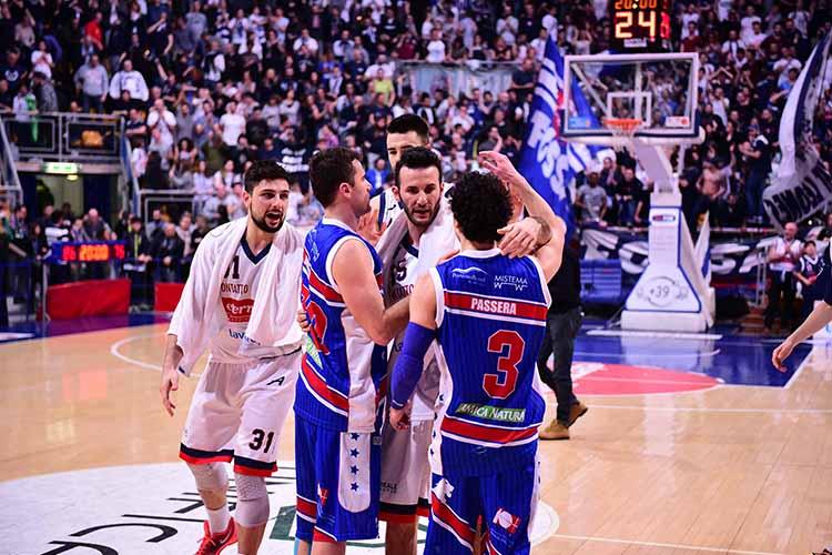 Brescia-Fortitudo Bologna: la finale dei divieti. Parlano i dirigenti delle due squadre