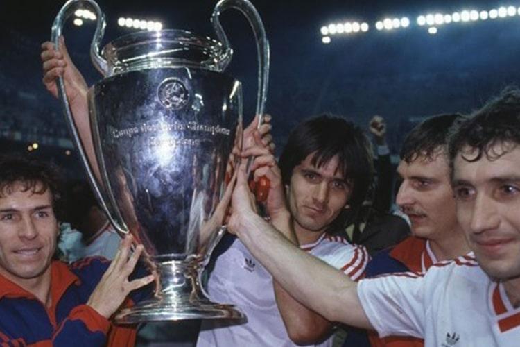 Al di là del Muro: Quando l'Europa era ai piedi del Calcio dell'Est