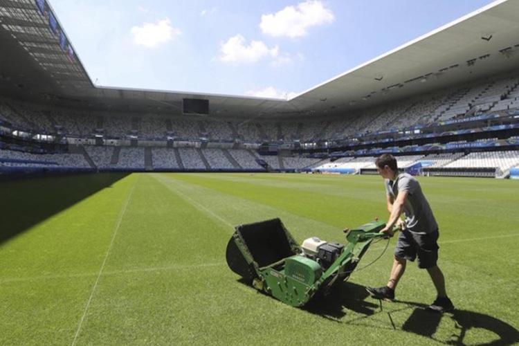 L'ALLARME UEFA SU EURO 2016: CAMPI MINATI ANCHE IN FRANCIA