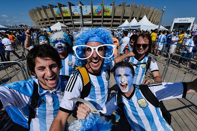 Da Messi all'Afa passando per le Olimpiadi: il calcio argentino è nel caos e Maradona mette il dito nella piaga