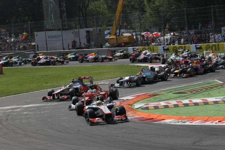 """F1, Bernie Ecclestone: """"Monza è un problema politico"""""""