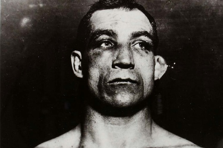 Tom Sharkey, il marinaio: le gambe corte e la testa calda di un uomo che mai si arrese