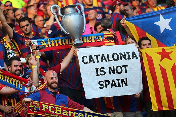 "L'Uefa contro il Barcellona ""indipendentista"": basta Esteladas o niente Camp Nou"
