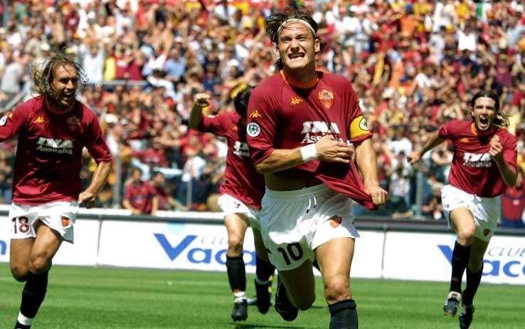 Totti, 40 anni in 10 partite: dallo scudetto fino all'Old Trafford le vittorie e le sconfitte che hanno segnato la sua storia