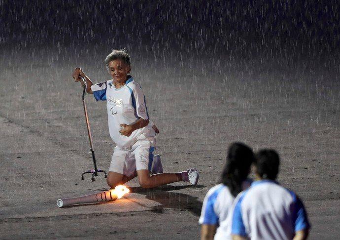 Il simbolo delle Paralimpiadi di Rio è Marcia Malsar che cade e si rialza