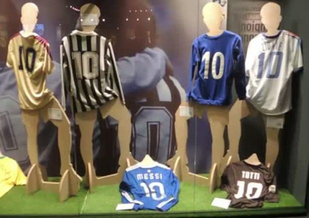 Eroi del Calcio, la storia dei Campioni in mostra a Genova
