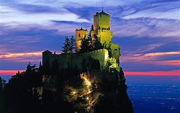 """Ai confini del calcio che conta: San Marino, i """"Titani italiani"""" patrimonio dell'Unesco ma non della Fifa"""
