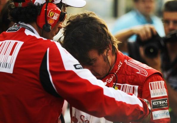 """""""Ho scritto Campione del Mondo sulla sabbia"""", Alonso, una tragedia in tre atti"""