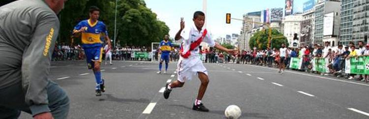 Sulla Strada, lontano dalla strada: l'importanza del Futbol Callejero in Sudamerica