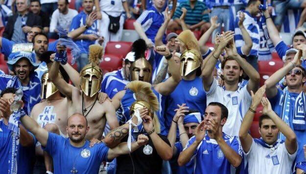 Paolo Santarelli e il calcio greco: quando un pallone incrocia la storia