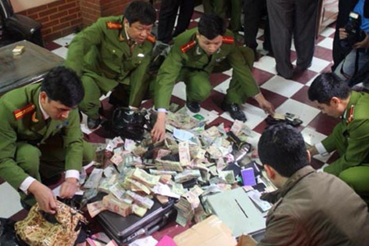"""Scommesse illegali? Il Vietnam sceglie il male """"minore"""""""