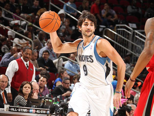 Ricky-Rubio-looks-to-pass.-Like-always.-Nathaniel-S.-Butler-NBA-Getty-Images