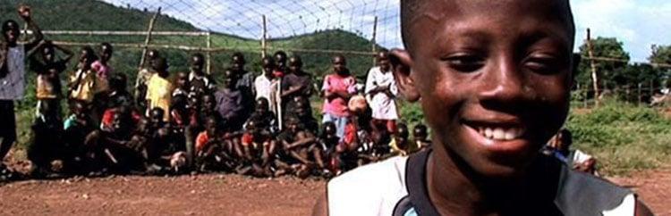 Il calcio, la speranza, il caos: in Sierra Leone chiude l'Accademia che si oppose all'ebola