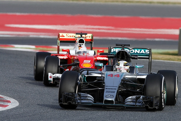 Formula 1: il low profile di Mercedes e Ferrari e una domanda: Perché?