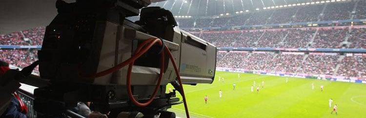 Rivoluzione Diritti Tv: Sky e Mediaset tremano, al tavolo delle trattative spuntano i colossi del Web