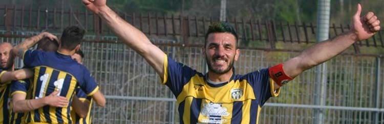 """Savino Martone, la bandiera del Gragnano: """"Non facciamo scomparire il calcio"""""""