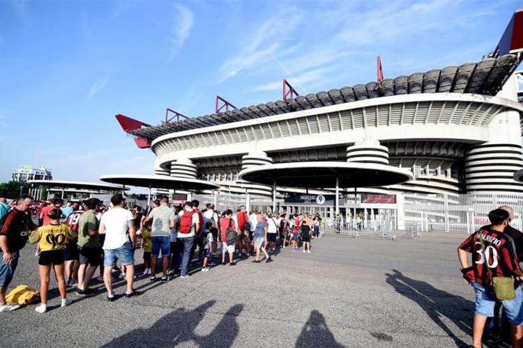 Abbonamenti in aumento, rinasce la voglia di Stadio in Italia? I numeri della crescita