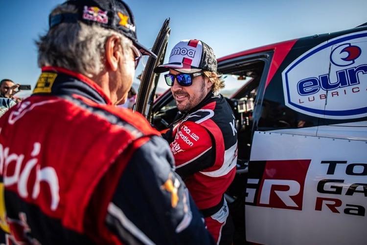 Alonso alla Dakar: quando la passione non ha confini